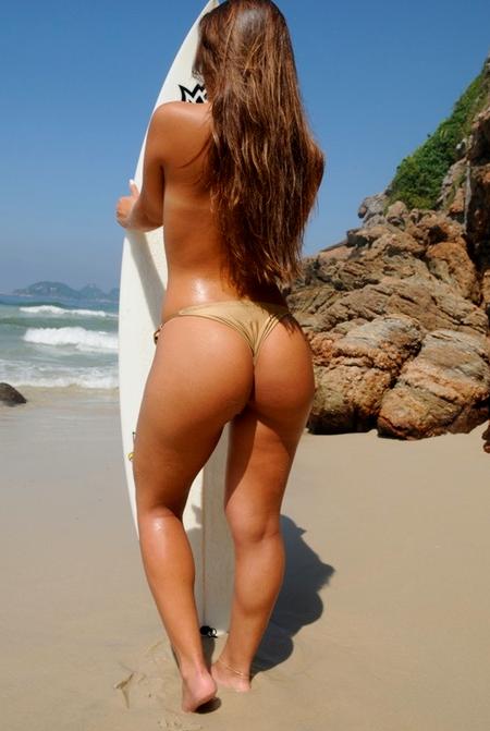 Huge Ass In Bikini 85